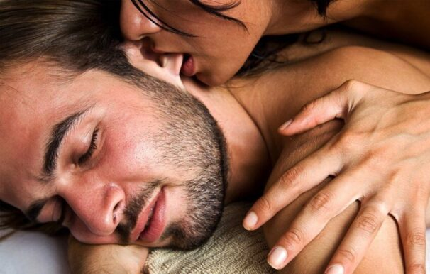 Sex in the morning: why do you love it so much and how to get her to have it?